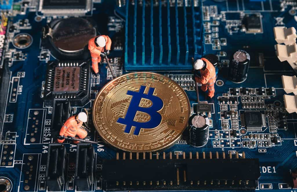 where do the bitcoin miners move to china