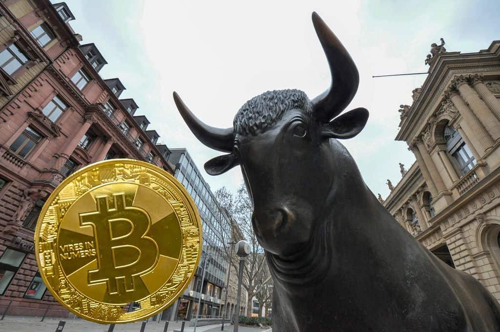 Masses of investors buy Bitcoin during China crash